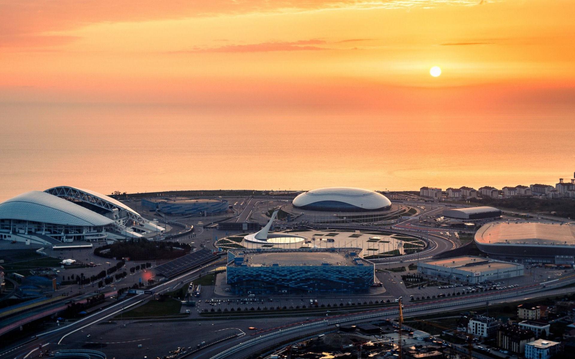 Вечерний Сочи и шоу фонтанов в Олимпийском парке